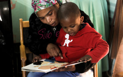 Mikhulu Child Development Trust: providing book-sharing training to organisations